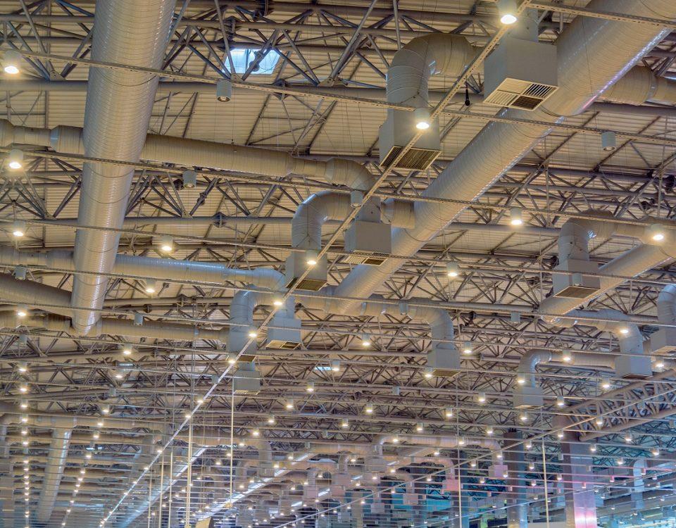 Czyszczenie i wentylacja hal produkcyjnych